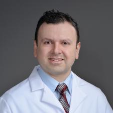 headshot of Dr.Mizrahl